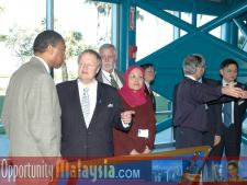 Malaysian Ambassador Visit January 2005Bernhard Schutte, CEO of Digital Media Network,Inc. and Captain Winston Scott, Executive Director of Florida Space Authority